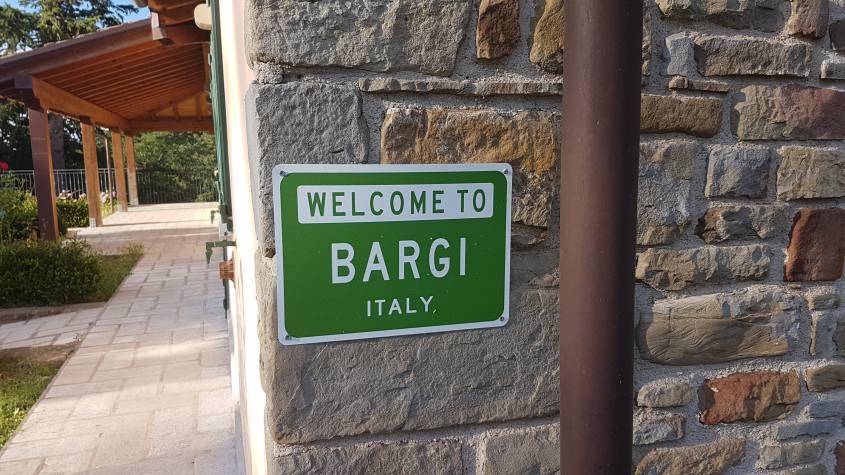 Cartello di Benvenuto a Bargi a Grizzana Morandi