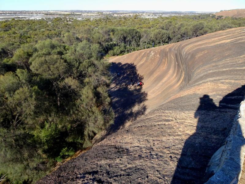 Wave Rock vista dall'alto grazie al percorso Hyden Rock