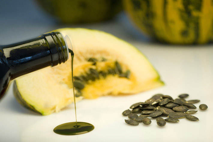 Benefits Prostate & Heart Health: Pumpkin Seed Oil