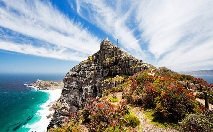 Top Attractions In Cape Town And Easy Day Trips