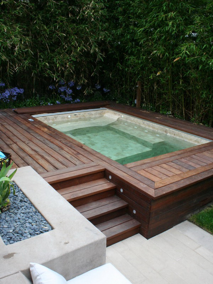 Gorgeous Hot Tubs In Your Backyard