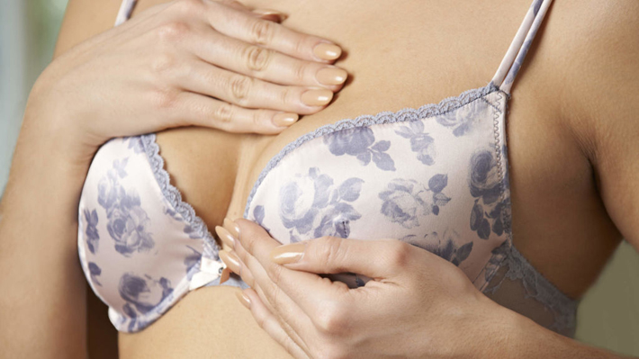 The Cancer Symptoms Every Woman Should Know