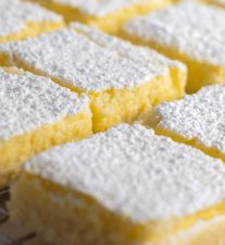 Keto & Gluten Free Low Carb Lemon Bar Recipe