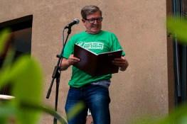 Werner Mattke hat sein Debüt auf der Bühne beim Fußball Slam Juni 2018 Beyerhaus Leipzig Topical Island Poetry Slam