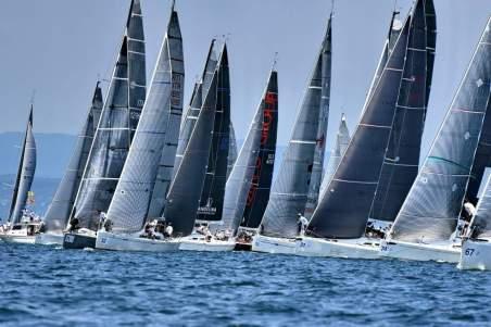 off shore sailing