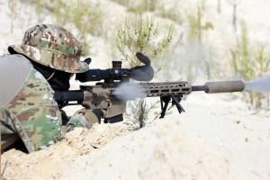 Ucrania adopta un nuevo fusil de francotirador semiautomático el UR-10