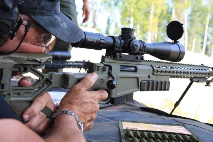 Mecánica de la mano que dispara