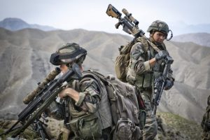 El ejército francés compra visores Steiner, miras Trijicon Reflex y soportes Spuhr para francotiradores