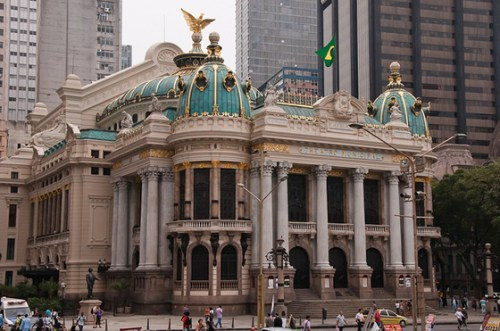 Teatro-municipal-RJ-Brazil