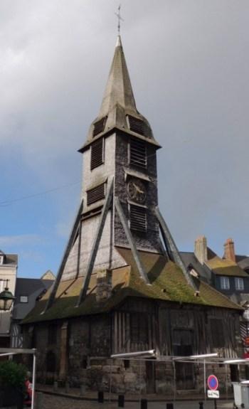 Igreja Sainte-Catherine em Honfleur. (foto: Blog Tirando Férias)