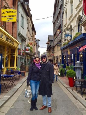 Passear a pé é a melhor opção para conhecer Honfleur. (Foto: Blog Tirando Férias)