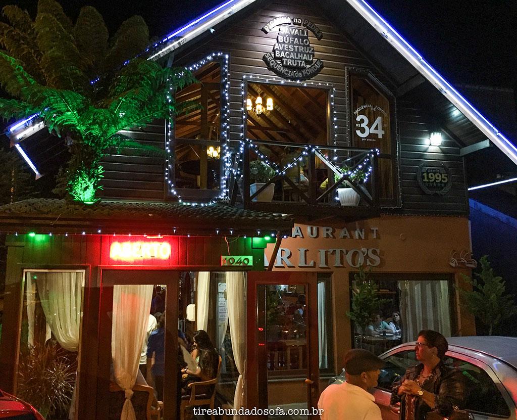 Frente do Carlito's Restaurante em Gramado