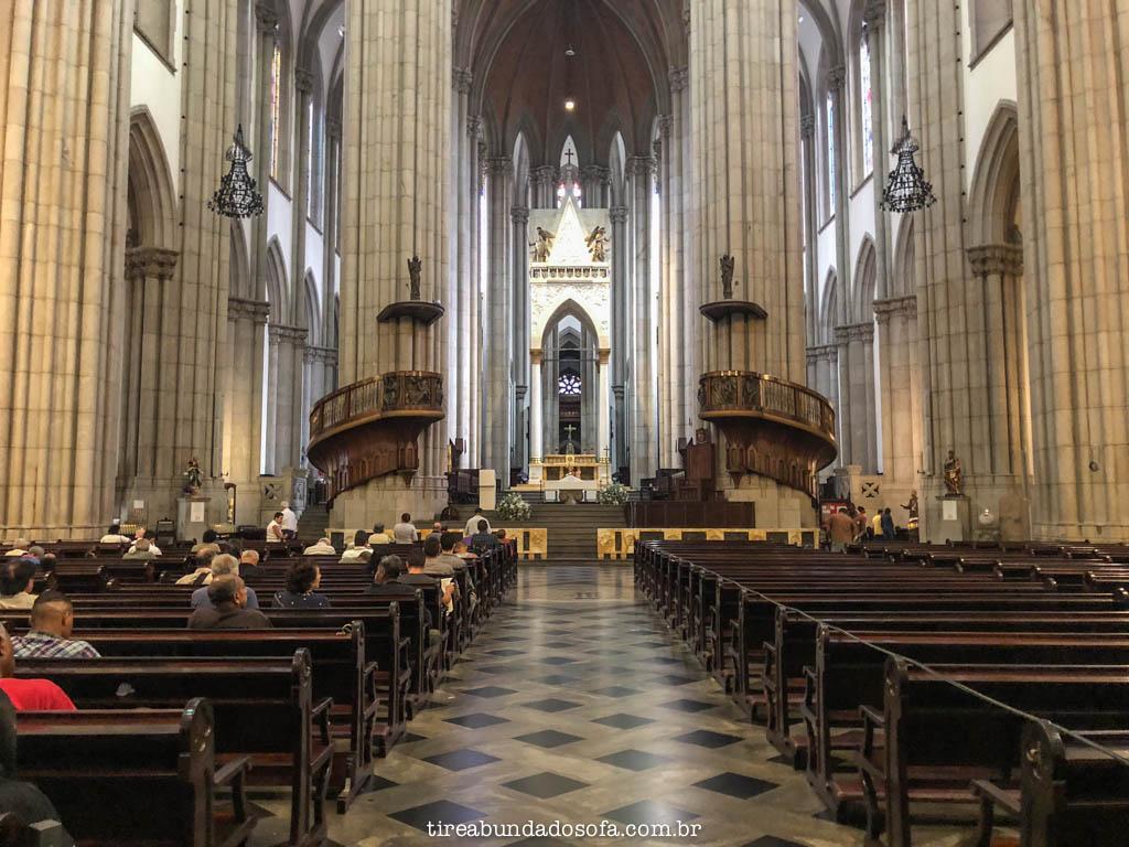 interior da catedral da sé, em são paulo