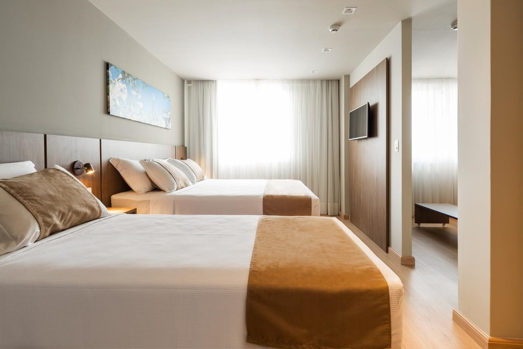 Quartos confortáveis do Laghetto Vivace Hotel, em Canela, Rio Grande do Sul