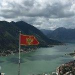 fortaleza de kotor, montenegro, bandeira de montenegro
