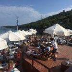 almara beach club, em montenegro, kotor