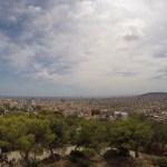 vista de barcelona do mirante do park guell, espanha