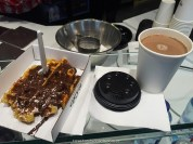 chocolate belga, chocolate quente, waffle, bruges, belgica