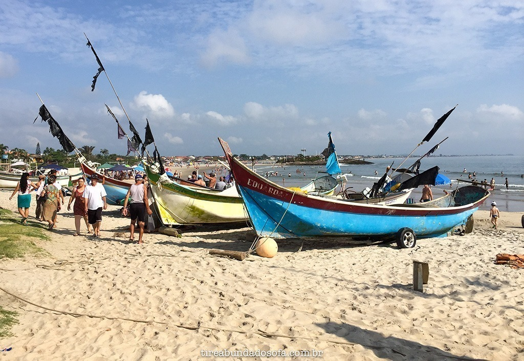 pescadores, barco de pescador, itapoa, praia de santa catarina