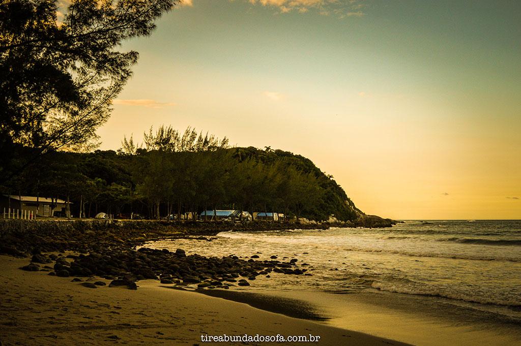 praia retiro doa padres, bombinhas, santa catarina, praias de santa catarina