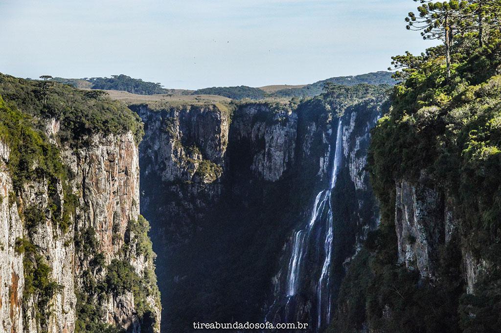 cascata véu da noiva cambará do sul, rio grande do sul, cânion itaimbezinho, parque nacional dos aparados da serra