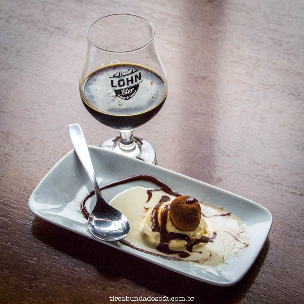 Trufa de cerveja harmonizada com a Carvoeira, cerveja da lohn bier