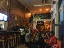 interior do bar Reza a Lenda, em Florianópolis