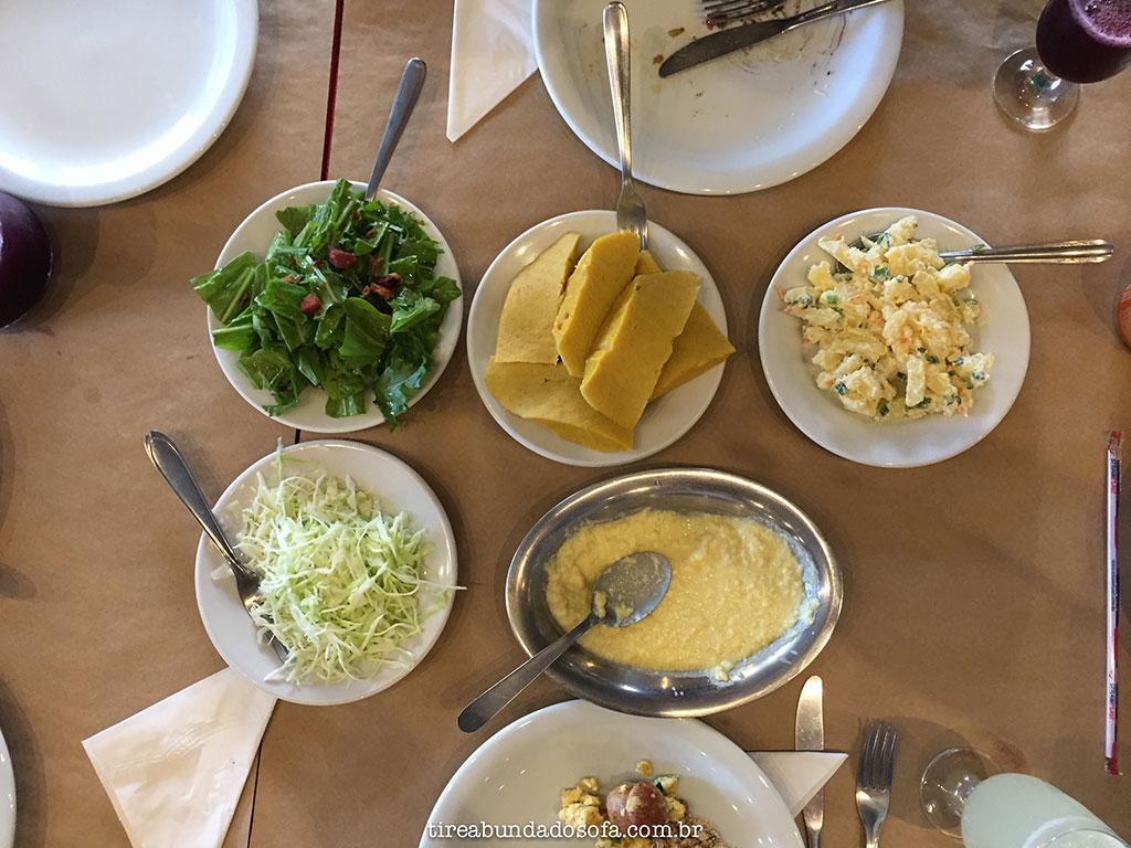 comida típica italiana no restaurante Veneza, em Nova Veneza