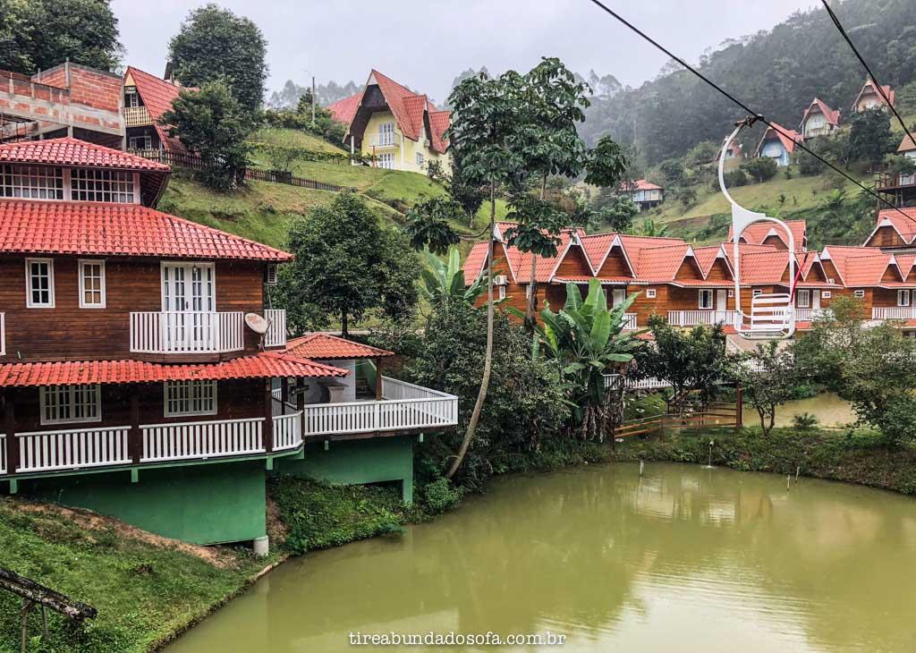 Chalés do Hotel Fazenda China Park, em Domingos Martins, no Espírito Santo