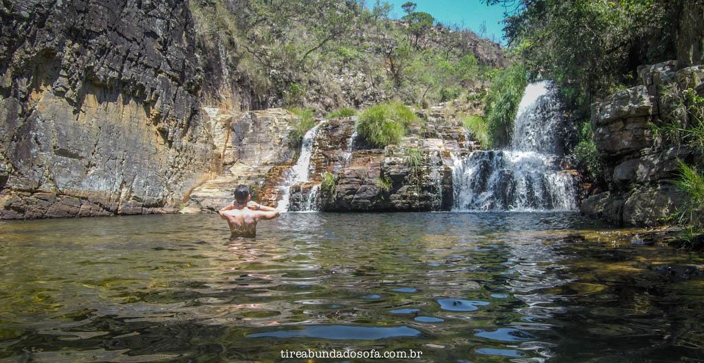 cachoeira o grito, no parque trilha do sol, em capitólio, minas gerais