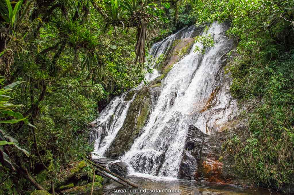 Cachoeira do Meio, no Vale do Matutu, em Aiuruoca, Minas Gerais