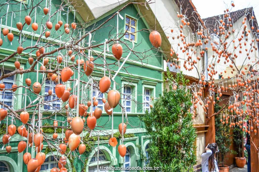 Decoração de páscoa da Osterfest, em Pomerode, SC
