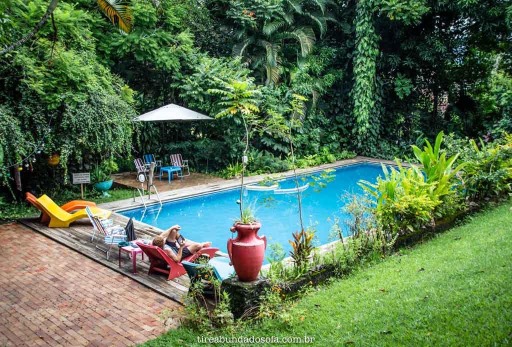 Piscina do Hostel da Vila, em Ilhabela, SP