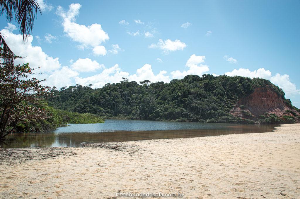 Uma das lagoas do Satu, em Caraíva