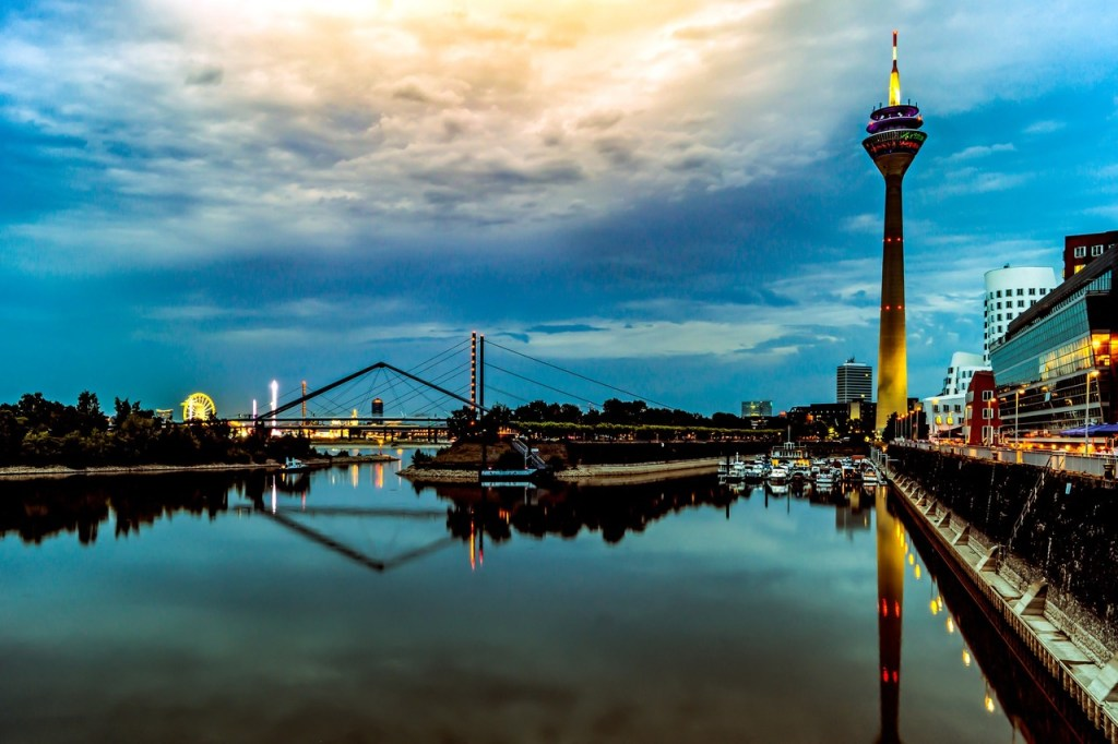 Dusselfdorf Hafen, na Alemanha
