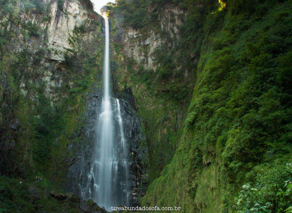 a última cachoeira das rotas das cachoeiras, em corupá, com 125m de altura