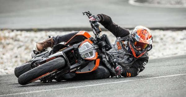 Sideways Drifting With The KTM Duke 390 Supermoto Mode 11