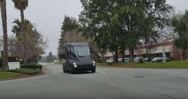 2018 Tesla Semi Truck Spotted On Californian Road 2