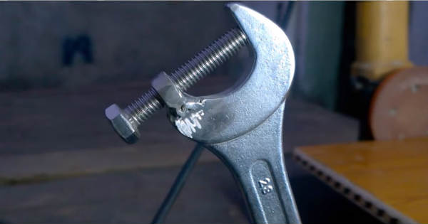 Awesome Wrench Hack That Will Help You Big Time 1