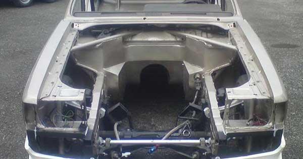 Ford Granada V8 Is Using a Koenigsegg CCX Engine 3