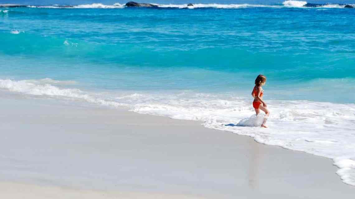Tips To Choosing Kids Swimwear