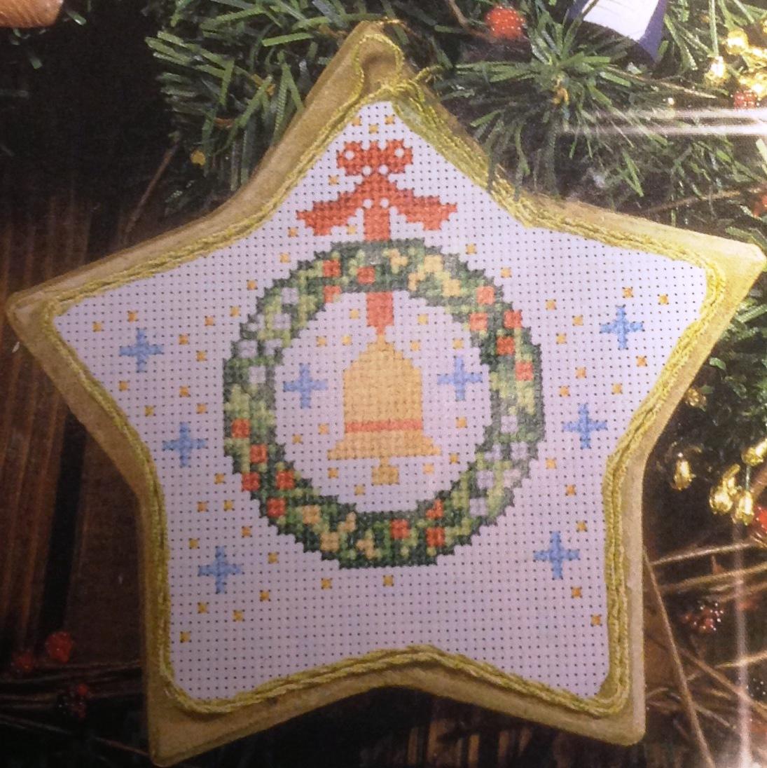 Dettagli natalizi  schemi scaricabili online  Ti ricamo