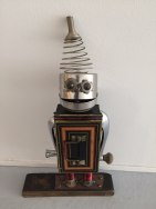 vancouver-robot