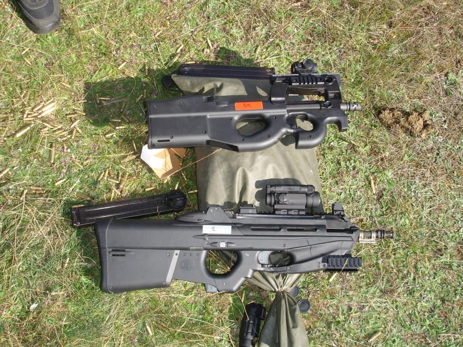 Estación de tiro de fusiles de asalto. FN F2000 (5.56mm) y FN P90 (5.7x28mm)