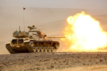 Carro de combate jordano M-60A1 en 2015. Foto del Ministerio de Defensa estadounidense