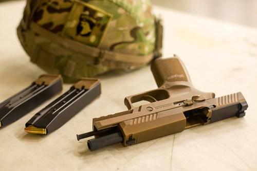 Pistola SIG P320 (M17)