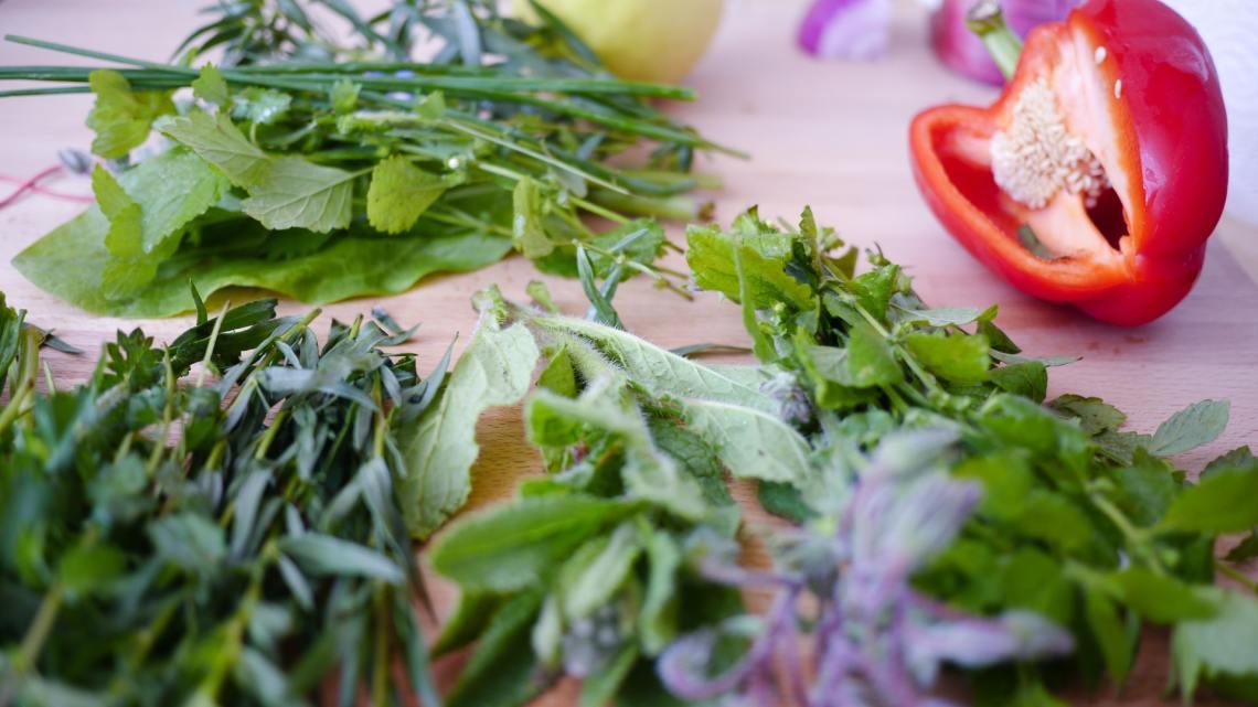 Les fines herbes qui décuplent le goût des salades!