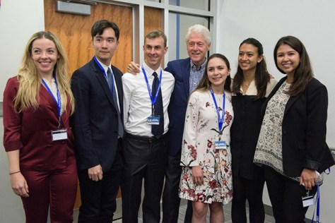 Shawn Kim with Tufts Students and President Bill Clinton at CGI U in Northeastern
