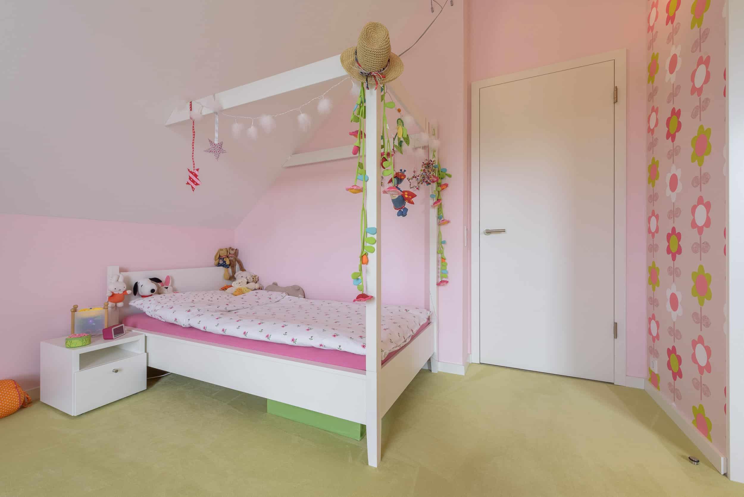 Kinderbett Dachschrage Himmelbett Selber Bauen Ganz Einfach In 4