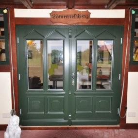 Türen in eigener Herstellung als Hauseingangstür - Tischlerei Mario Wrensch